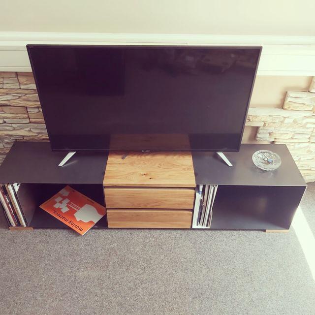 From now on we are only using solid wood drawers and No cheap looking system drawers anymore!  Ab jetzt bauen wir nur noch Massivholzschubkästen! Wir verwenden keine System-Fertig-Schubkästen von Blum mehr.   #furniture #interiordesign #homedecor #steelfurniture #design #interior #furnituredesign #home #architecture #interiors #homedesign #art #livingroom #wood #mebel #vintage #luxury #interiordesigner #woodworking #designer #m #style #bhfyp #f4f#innovation#instastyle